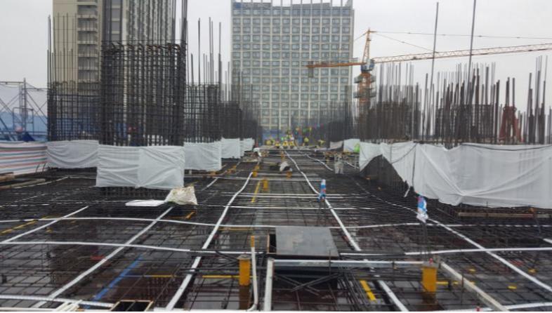 5F Construction work